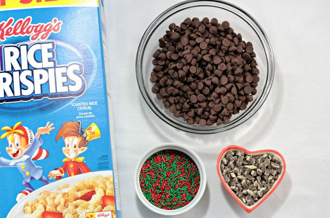 Mint Chocolate Rice Krispies® Drops combine rice cereal, mint chocolate morsels, and chocolate chips to make an easy treat for holiday or any occasion. #shop