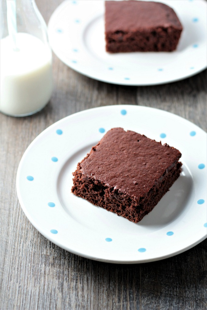 Healthier Chocolate Cake from Dr. Oz only requires 3 ingredients; boxed cake mix, Greek yogurt, and bananas. It is quick, easy, and healthy!