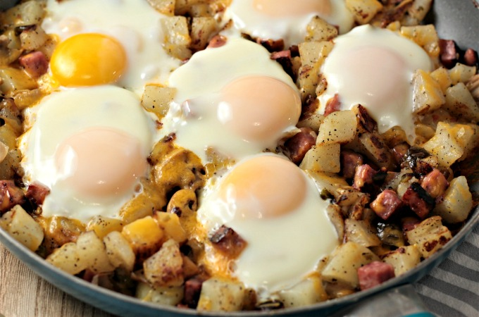 Ham Potato Skillet Breakfast | Mindy's Cooking Obsession