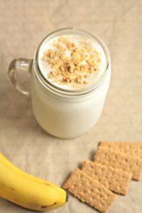 Banana Cream Pie Smoothie combines frozen bananas, vanilla Greek yogurt, honey, milk and ice. Topped with graham cracker crumbs. Great for weight loss!