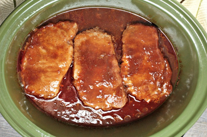 Crockpot Bbq Cola Pork Chops Only Require A Slow Cooker And 4 Ingrents