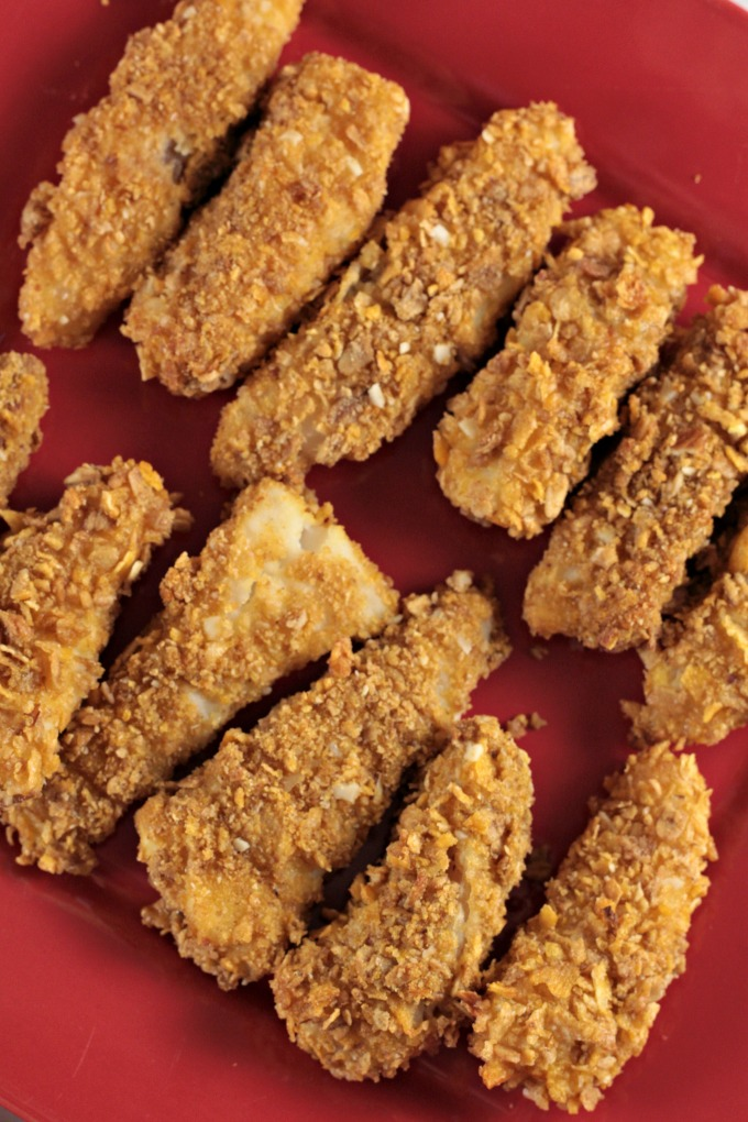 Honey Bunches of Oats® Crusted Fish Sticks only use 4 ingredients; Honey Bunches of Oats with Almonds, cod, flour, and egg. Healthy homemade fish sticks.